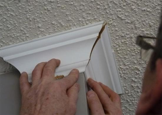 Наклейка потолочной плинтуса  видео