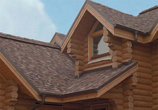Крыша на деревянном доме