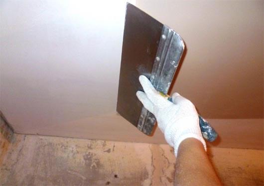 Штукатурка потолка под покраску